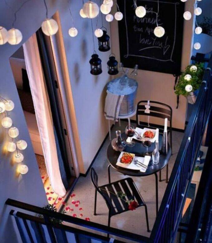 Tavolino da ringhiera Lidl: da appendere al balcone, salvaspazio e pieghevole 2